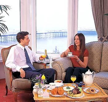 Отель Queens Hotel